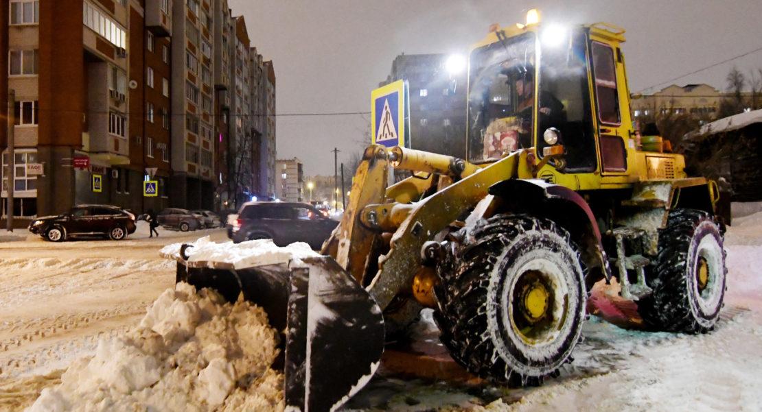 Уборка снега управляющей компанией